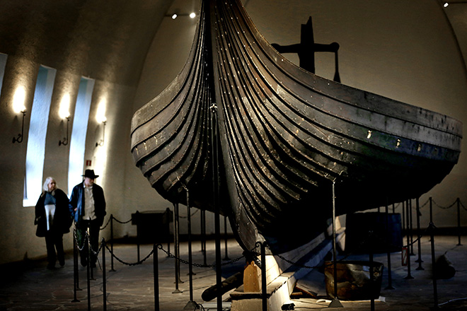 Image may contain: Viking ships, Longship, Maritime museum, Architecture, Museum.